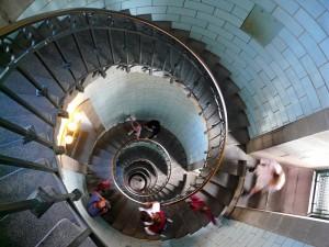 GUILLAUDEAU Donatienne - Escaliers intérieurs en colimaçon-Phare d'Eckmühl.