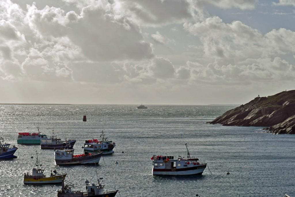 Il traghetto arriva da Ouessant per fare tappa e partire per Brest