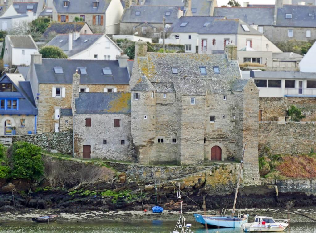 """La casa fortificata detta """"La Maison des Seigneurs"""""""